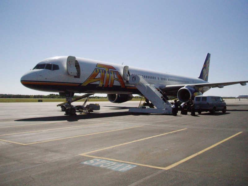 ATA Boeing 757-300, ata airlines boeing 757