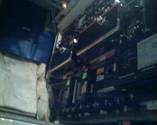 Boeing 757 Electronic Equipment Bay, boeing 757 radio equipment