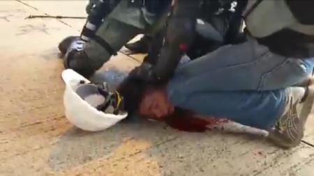 Hong Kong police, infiltrating and beating protesters 8/2019